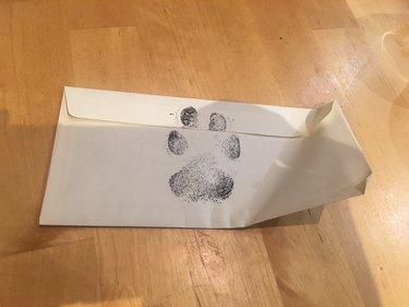 men offer to walk dog in letter to nextdoor neighbor