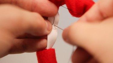 How To Make Your Own DIY Christmas Dog Collar