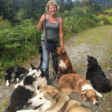 annette and pups
