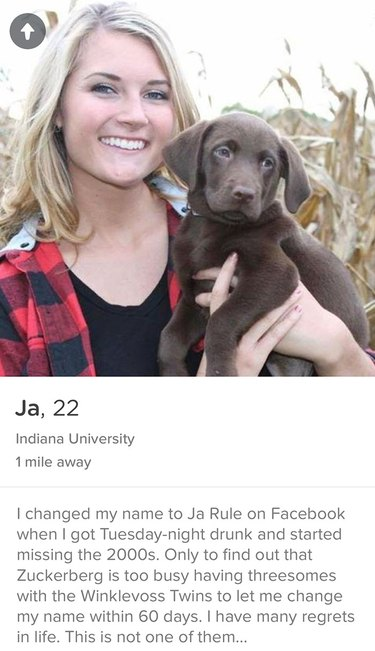 Ja Rule girl poses with lab puppy for Tinder picture