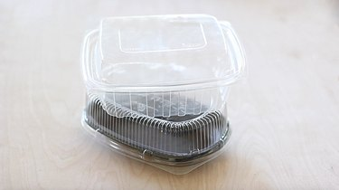 Plastic take-out boxes