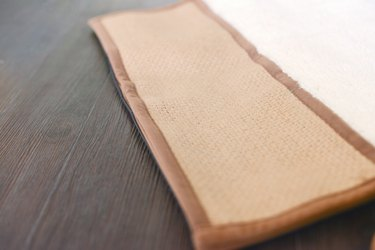 A horizontal cat scratching pad