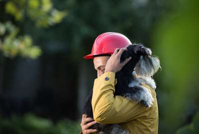 The Complete Guide To Disaster Preparedness For People With Pets