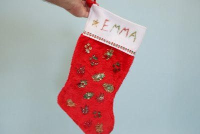 How To Make A DIY Christmas Stocking For Your Dog