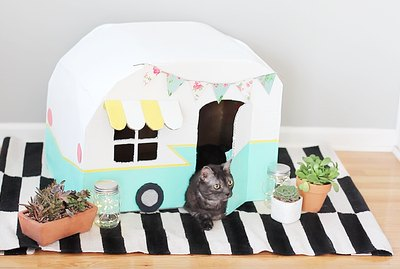 How To Make A Vintage Kitty Camper Out Of Cardboard Boxes
