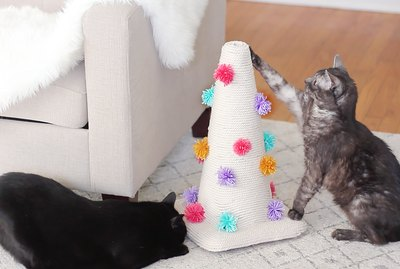 How To Make A Traffic Cone Scratching Post