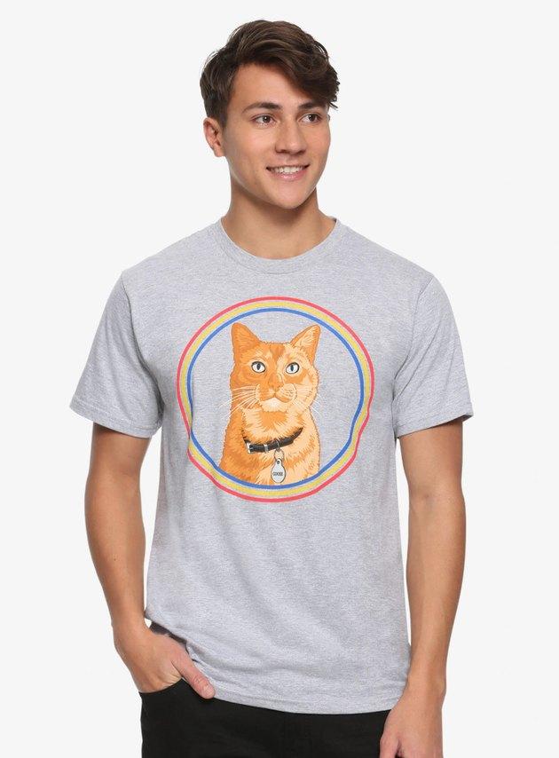Hip teen models Captain Marvel Goose the cat t-shirt
