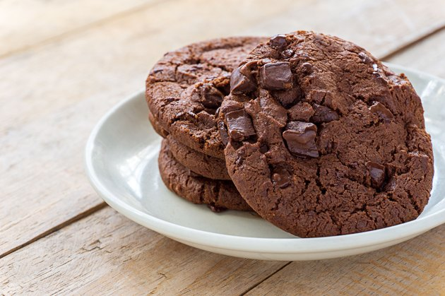 Soft baked Chocolate cookies in white plate, Close up images