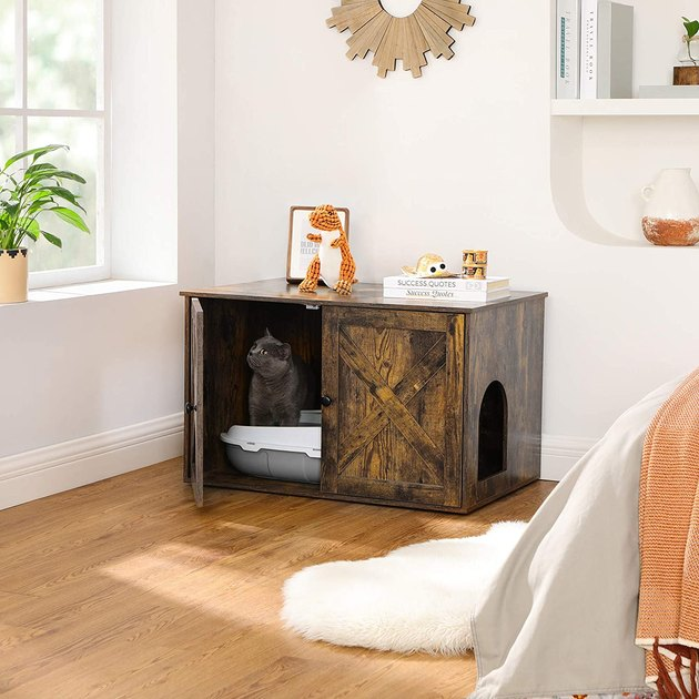 A Little Privacy Will Be Better: Like us, cats also need a private space, where they feel safe and secure to answer nature's call. Of course, you can also share the benefits of this litter box furniture—no mess, no smell, no displeasure.