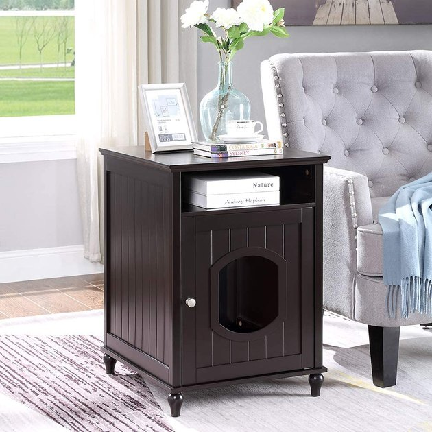 Multi- Function Cat House:Beautiful night stand hides your cat's litter box or bed. Stylish furniture look blends with your home decor.