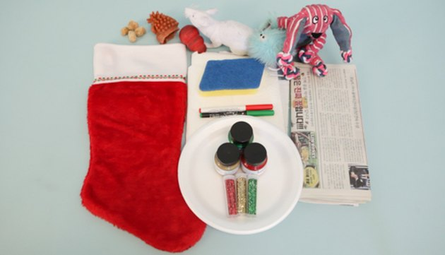 How to Make Your own DIY Christmas Stocking for your dog