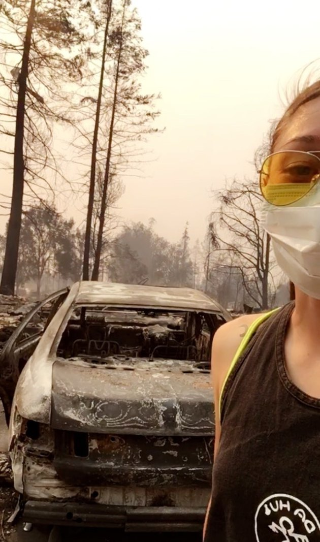 This Incredible Woman Escaped the Wildfires While Carrying Her 70-Pound Dog on a Bike