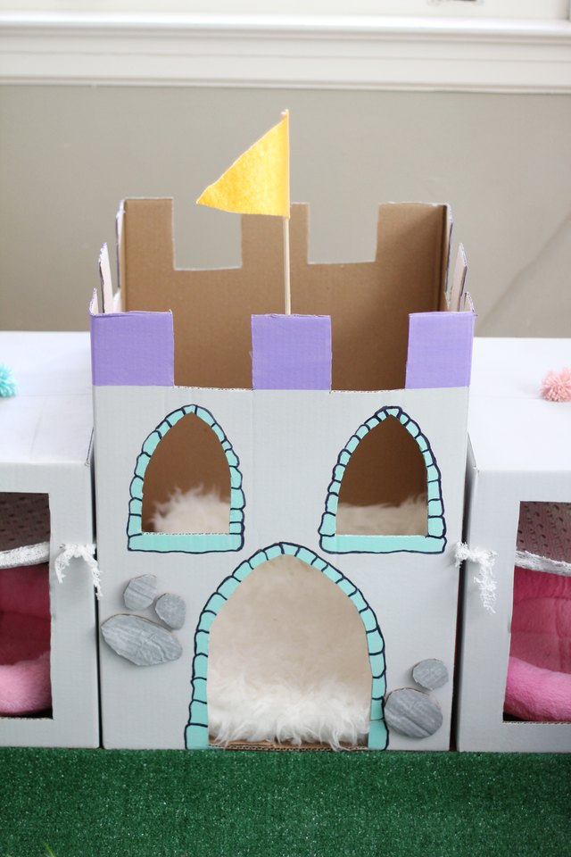 How To Make An Epic Diy Cat Castle Out Of Cardboard Boxes