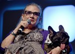 Did Carrie Fisher's Dog, Gary, Just Confirm This Twitter Account?