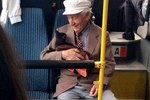 This Sweet Photo Of An Old Man & His Cat Will Make Your Day Better